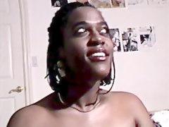 Black Amateur Slut Has Bright Smile Open Lips And Give Hot Blowjob