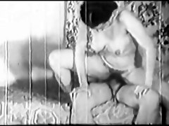 Retro Turkish Amateur Girl Gets Her Pink Pussy Penetrated