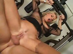 Gorgeous Bench-pressed Fuck Blonde