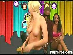 Richelle & Samantha Get It In Their Pussy