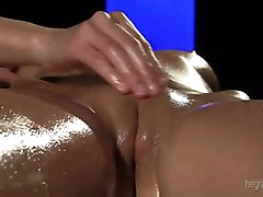 Oiled Clit Massage