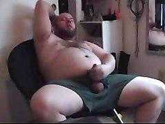 Chubby&039;s Cum Shot