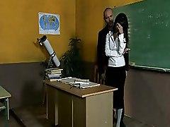 Ebony Chick Gets Fucked Inside A Classroom