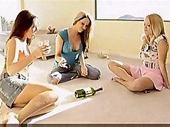 Spin The Bottle Girls