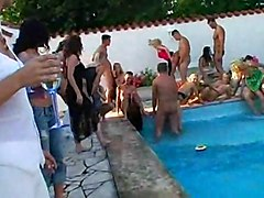 Orgy In A Pool: Rich Students Go Down And Dirty