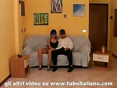 An Italian Amateur Housewife - Moglie Italiana