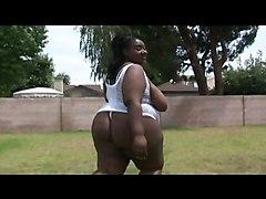 Ebony Hoochy Mama