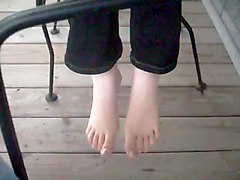 Ina Amp  039 S Toes Outside
