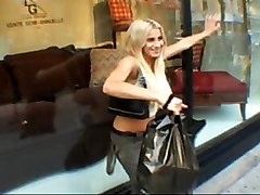 Horny French Chick Fucked In Hotel
