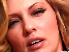 Horny Milf Pussy Close Up
