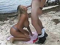 Wild Beach Hot Sex Fuck