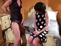 Strapon Sissy - Bigger Than Yours