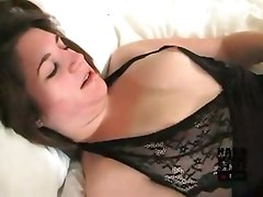 Petite Brunette For Sex Affairs
