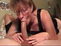 Mature Bitch Shows Her Deep Throat