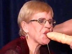 Dirty Granny Pleases Two Shlongs