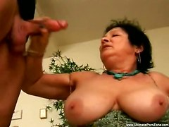 Old Bitch Sucks Him And Gets Facial