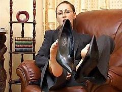 Shoe Jerk Off