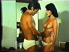 Greek Porn  Amp  039 70  Amp  039 80s  Anwmala Thylika  Part3 Gr2
